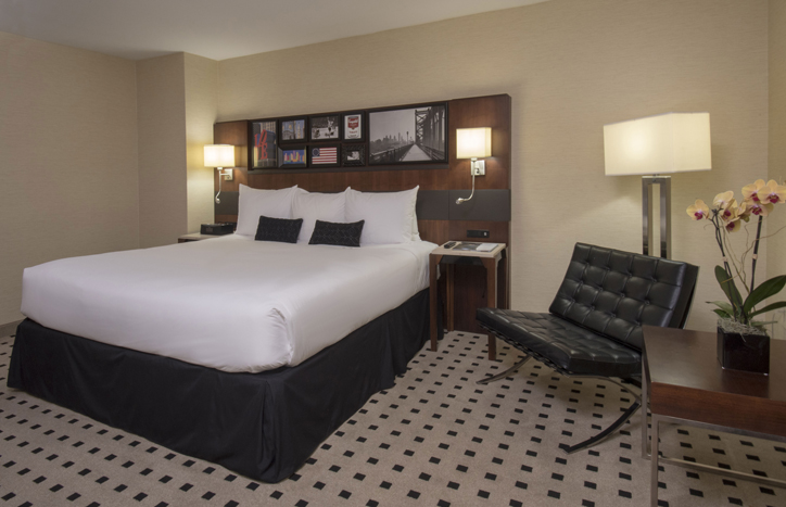 warwick signature king room